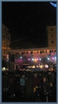 lacittadisalerno - Shopping notturno Al via la maratona tra musica e cabaret